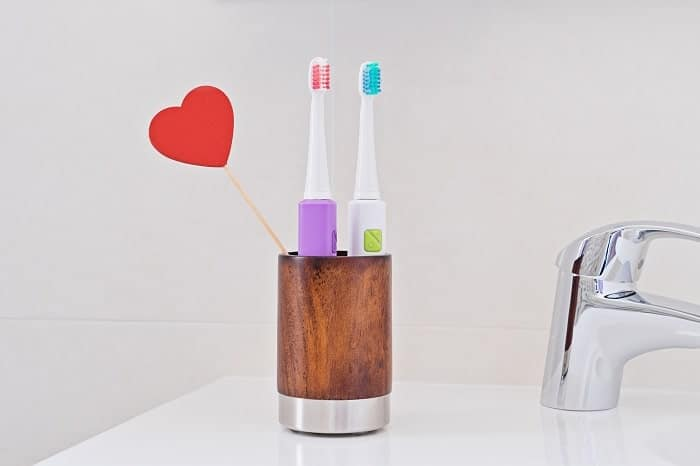 como elegir un buen cepillo de dientes eléctrico