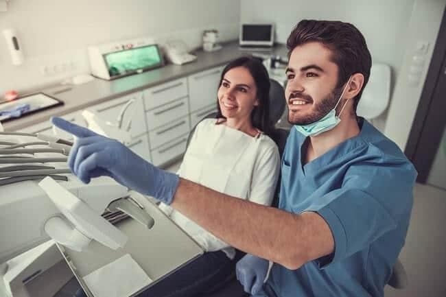 donde estudiar odontología en españa